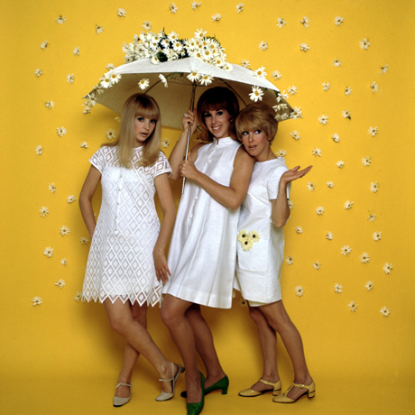 The Paris Sisters, I Love How You Love Me, Piano, Vocal & Guitar (Right-Hand Melody), sheet music, piano notes, chords, song, artist, awards, billboard, mtv, vh1, tour, single, album, release