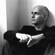Download Ludovico Einaudi 'Le Onde' printable sheet music notes, Classical chords, tabs PDF and learn this Educational Piano song in minutes