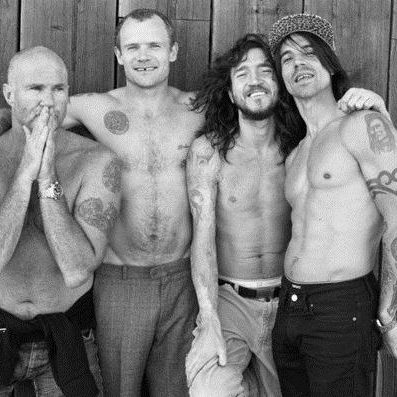 Red Hot Chili Peppers, Dark Necessities, Ukulele