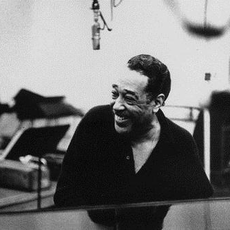 Duke Ellington, Little Brown Jug, Piano, Vocal & Guitar (Right-Hand Melody)