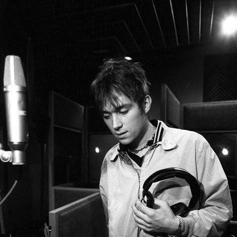 Blur, Closet Romantic, Piano, Vocal & Guitar (Right-Hand Melody)