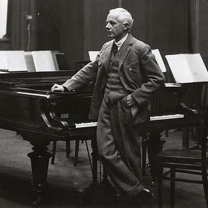 Bela Bartok, Walking, Piano