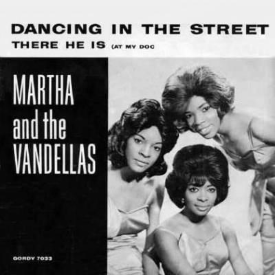 Martha & The Vandellas, Dancing In The Street, Piano, Vocal & Guitar (Right-Hand Melody)