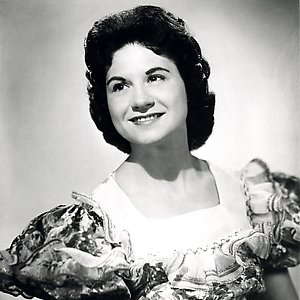 Kitty Wells, It Wasn't God Who Made Honky Tonk Angels, Piano, Vocal & Guitar (Right-Hand Melody)