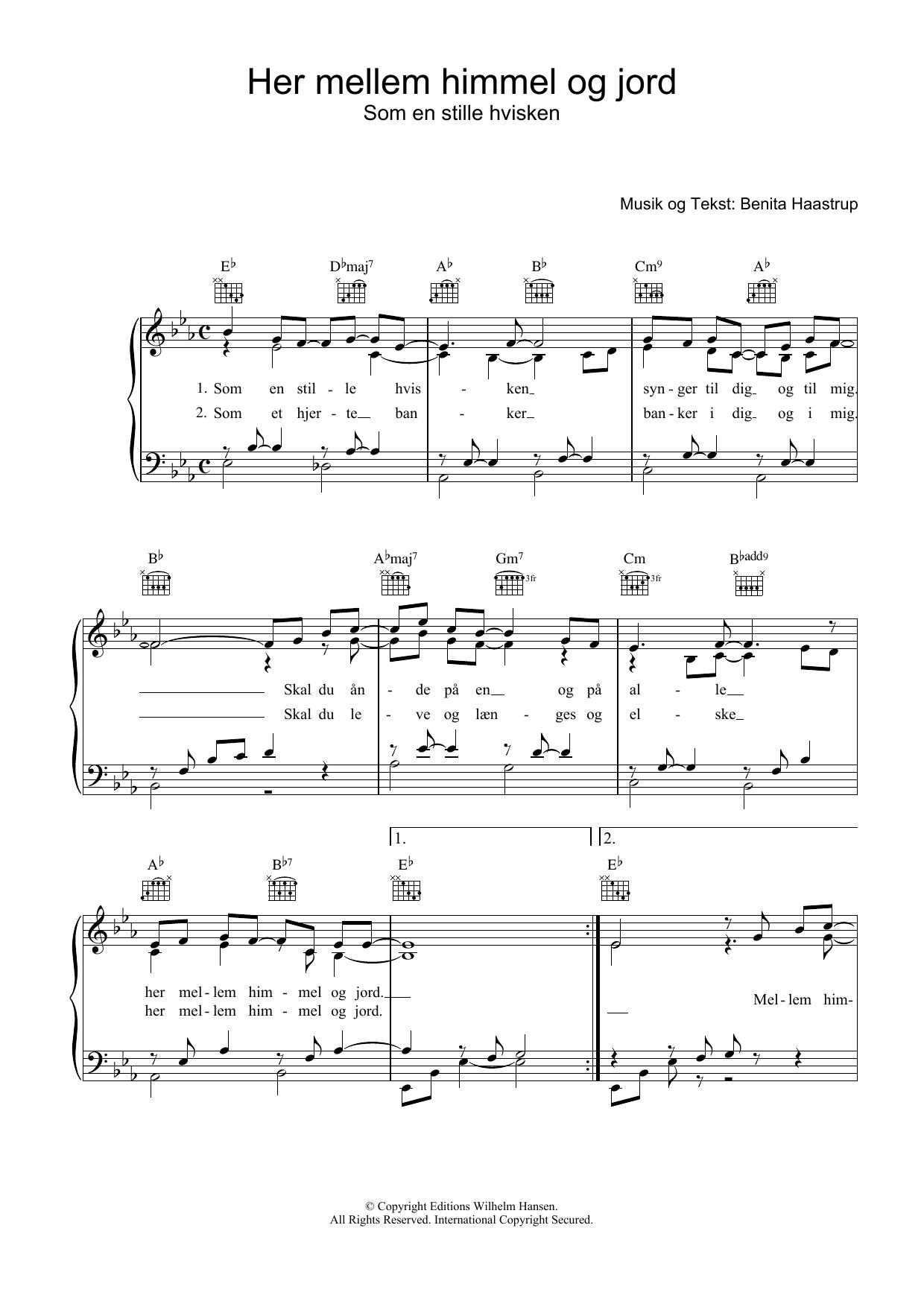 Her Mellem Himmel Og Jord sheet music