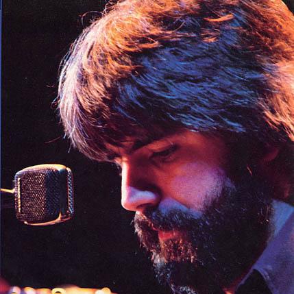 Michael McDonald, It Keeps You Runnin', Piano, Vocal & Guitar (Right-Hand Melody)