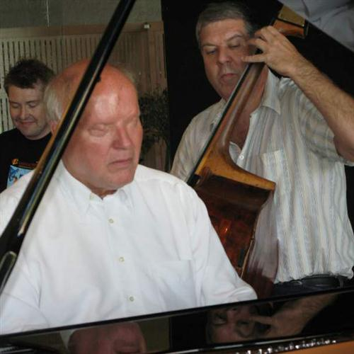 Willy Egmose, Gud, Vor Faders Sol, Piano, Vocal & Guitar (Right-Hand Melody)